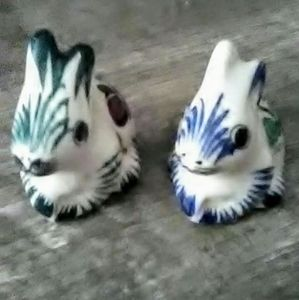 Easter Bunnies Hand Painted Souvenir From Mexico